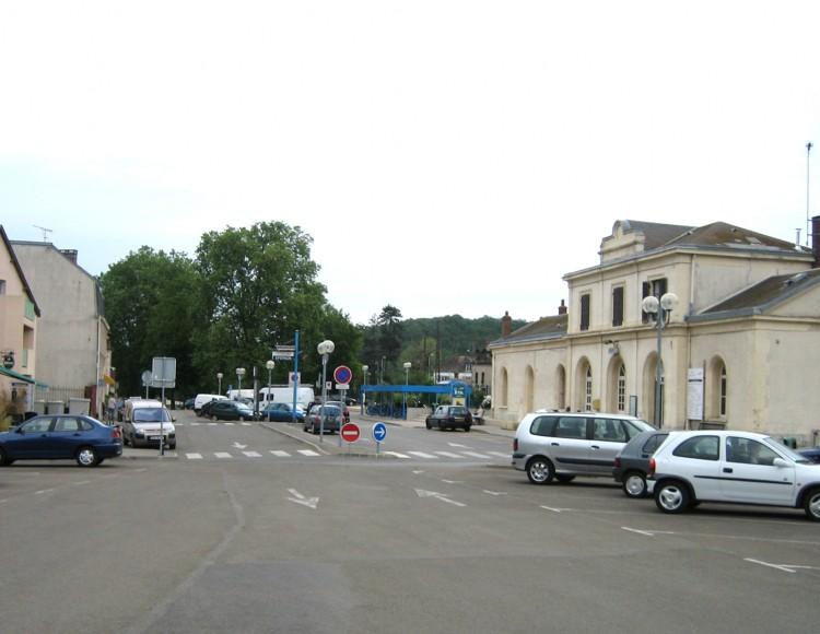 La place de la gare - Hier